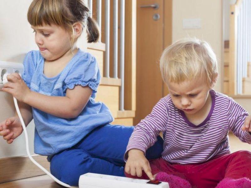 So machen Sie die Wohnung sicher für Kinder