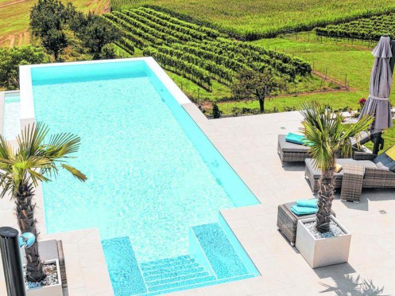 Der Traum vom eigenen Pool: So gelingt der Badespaß zu Hause!